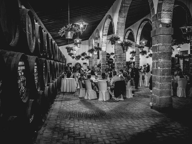 La boda de Álvaro y Yolanda en El Puerto De Santa Maria, Cádiz 31