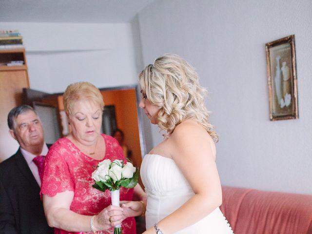 La boda de Conchi y Iván en Navalagamella, Madrid 25