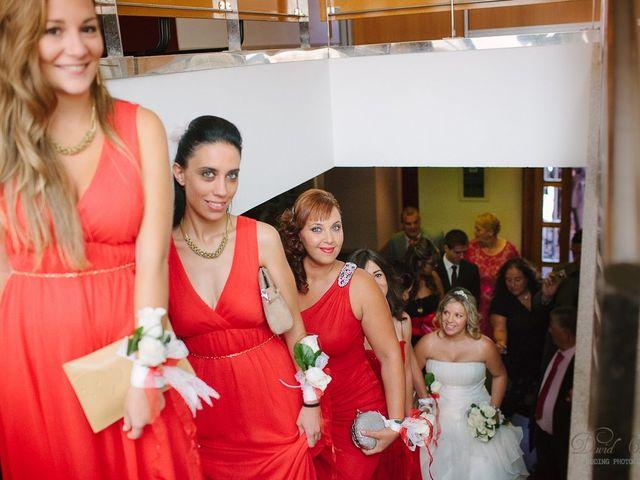 La boda de Conchi y Iván en Navalagamella, Madrid 38