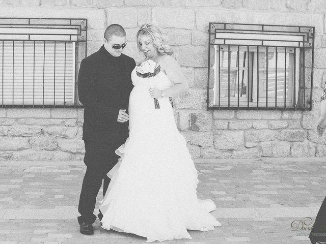 La boda de Conchi y Iván en Navalagamella, Madrid 75