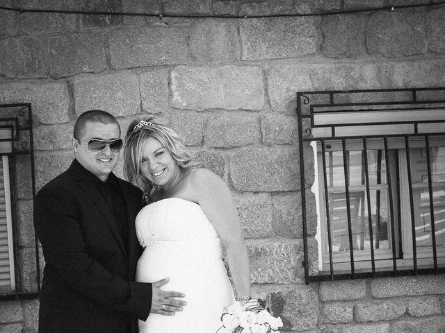 La boda de Conchi y Iván en Navalagamella, Madrid 76
