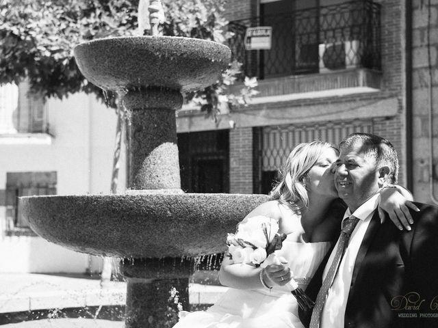 La boda de Conchi y Iván en Navalagamella, Madrid 80