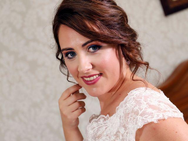 La boda de Dario y Mari Carmen en Casas De Fernando Alonso, Cuenca 5