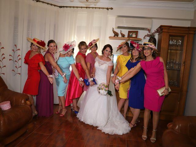 La boda de Dario y Mari Carmen en Casas De Fernando Alonso, Cuenca 13