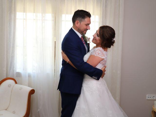 La boda de Dario y Mari Carmen en Casas De Fernando Alonso, Cuenca 25