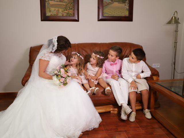 La boda de Dario y Mari Carmen en Casas De Fernando Alonso, Cuenca 28