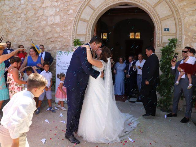 La boda de Dario y Mari Carmen en Casas De Fernando Alonso, Cuenca 30