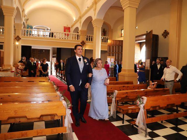 La boda de Dario y Mari Carmen en Casas De Fernando Alonso, Cuenca 35