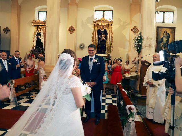 La boda de Dario y Mari Carmen en Casas De Fernando Alonso, Cuenca 37