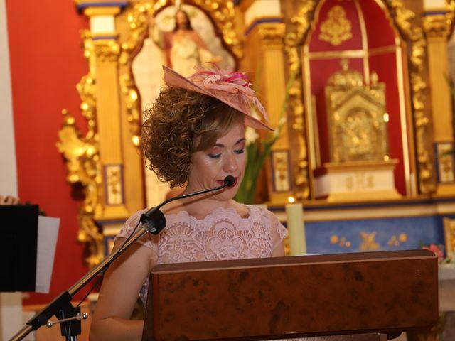 La boda de Dario y Mari Carmen en Casas De Fernando Alonso, Cuenca 43