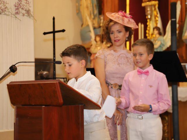 La boda de Dario y Mari Carmen en Casas De Fernando Alonso, Cuenca 46