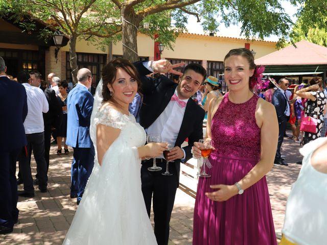La boda de Dario y Mari Carmen en Casas De Fernando Alonso, Cuenca 49