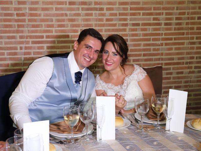 La boda de Dario y Mari Carmen en Casas De Fernando Alonso, Cuenca 50