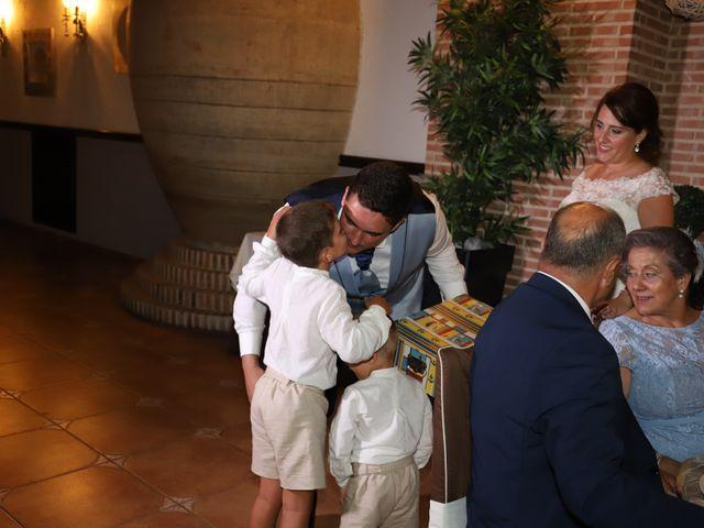La boda de Dario y Mari Carmen en Casas De Fernando Alonso, Cuenca 52