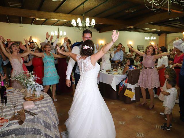 La boda de Dario y Mari Carmen en Casas De Fernando Alonso, Cuenca 54