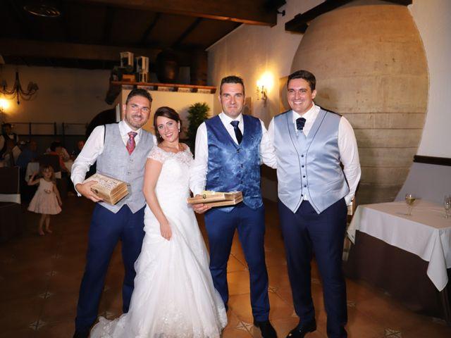 La boda de Dario y Mari Carmen en Casas De Fernando Alonso, Cuenca 61