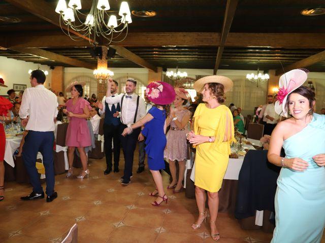 La boda de Dario y Mari Carmen en Casas De Fernando Alonso, Cuenca 63