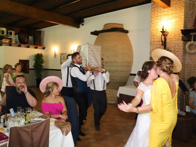 La boda de Dario y Mari Carmen en Casas De Fernando Alonso, Cuenca 64
