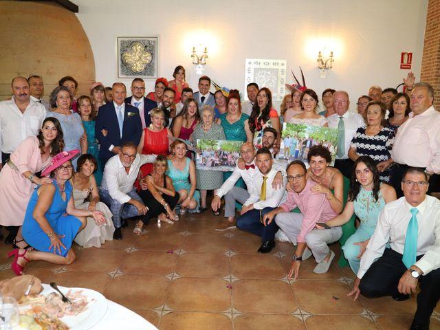 La boda de Dario y Mari Carmen en Casas De Fernando Alonso, Cuenca 66