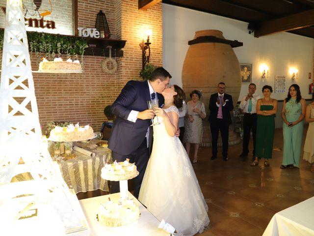 La boda de Dario y Mari Carmen en Casas De Fernando Alonso, Cuenca 69