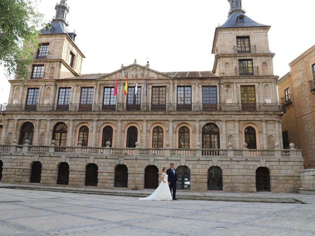 La boda de Dario y Mari Carmen en Casas De Fernando Alonso, Cuenca 87
