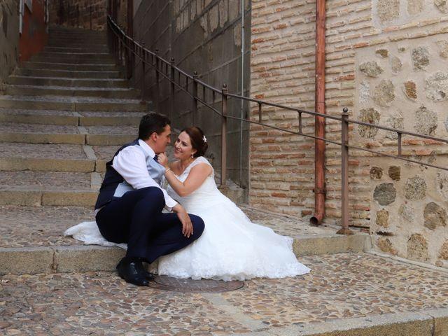 La boda de Dario y Mari Carmen en Casas De Fernando Alonso, Cuenca 88