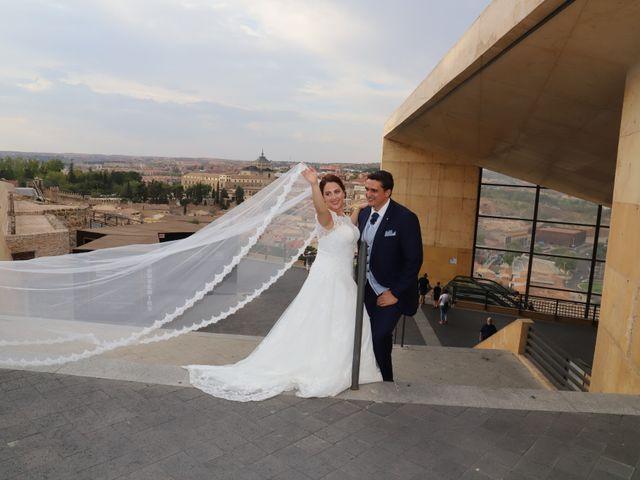 La boda de Dario y Mari Carmen en Casas De Fernando Alonso, Cuenca 90