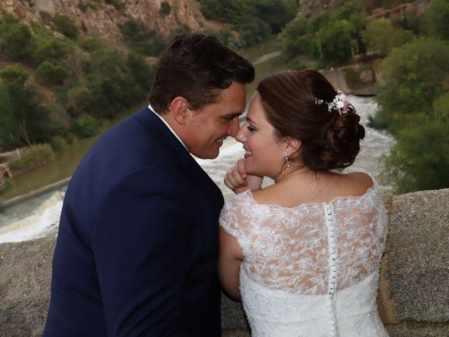 La boda de Dario y Mari Carmen en Casas De Fernando Alonso, Cuenca 93