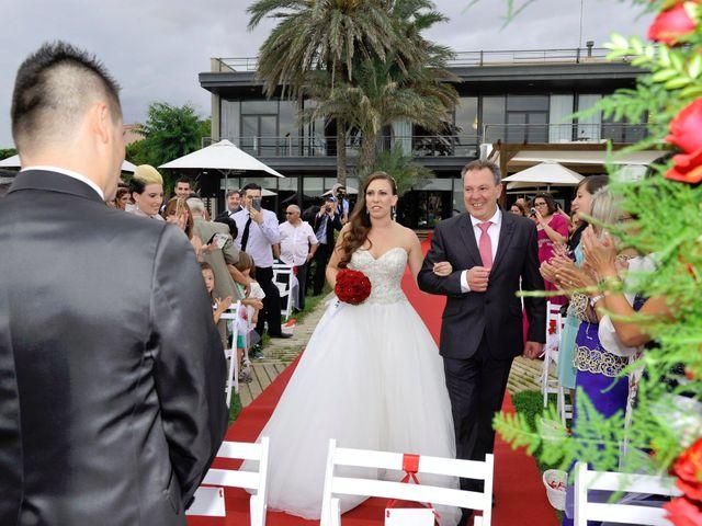 La boda de Héctor y Miriam en Gava, Barcelona 13