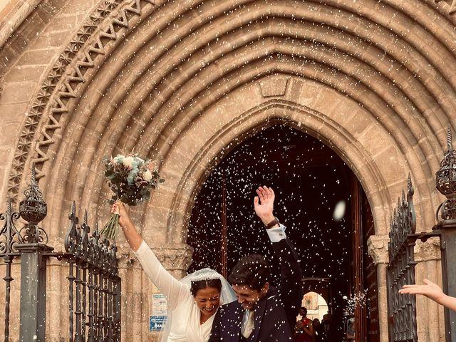 La boda de Esperanza y Miguel en Sevilla, Sevilla 2