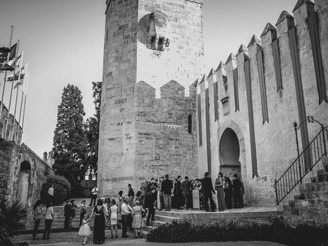 La boda de Álvaro y Yolanda en El Puerto De Santa Maria, Cádiz 16