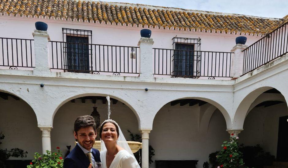 La boda de Esperanza y Miguel en Sevilla, Sevilla