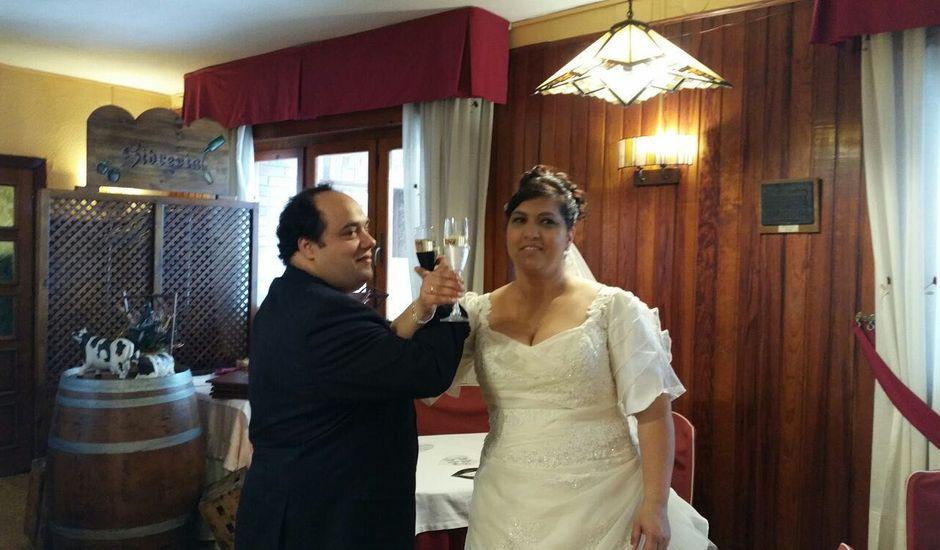 La boda de Chema y Mayka en Gijón, Asturias