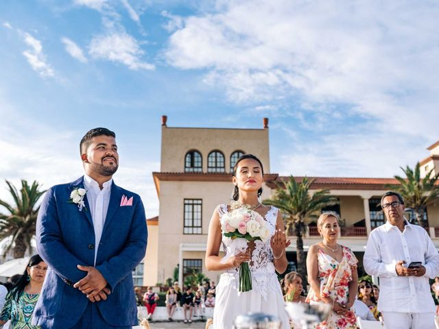 La boda de Julián y Angélica en El Vendrell, Tarragona 23
