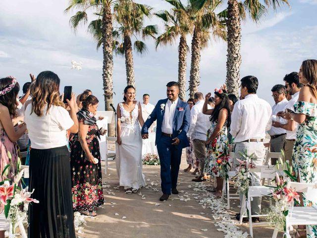 La boda de Julián y Angélica en El Vendrell, Tarragona 24