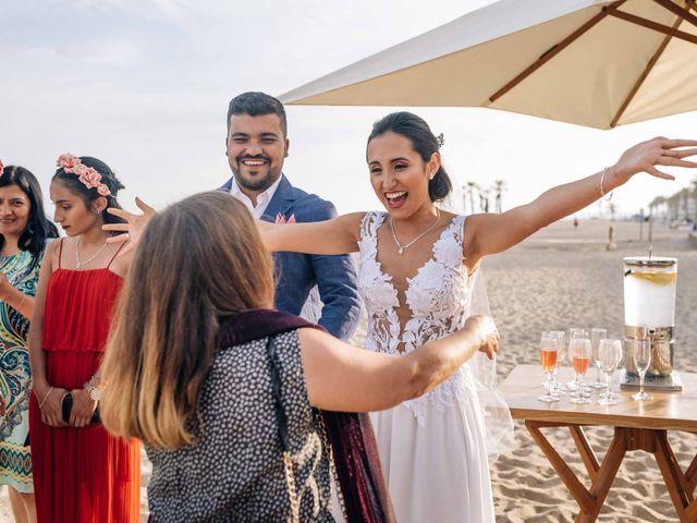 La boda de Julián y Angélica en El Vendrell, Tarragona 25