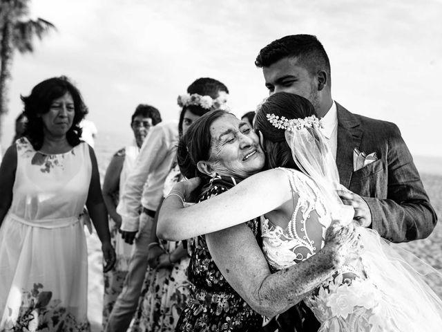 La boda de Julián y Angélica en El Vendrell, Tarragona 26