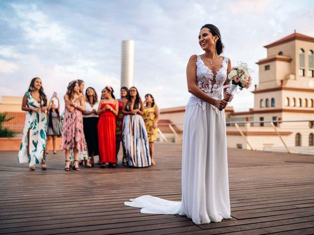 La boda de Julián y Angélica en El Vendrell, Tarragona 28