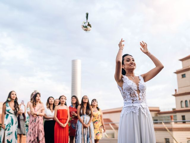 La boda de Julián y Angélica en El Vendrell, Tarragona 29