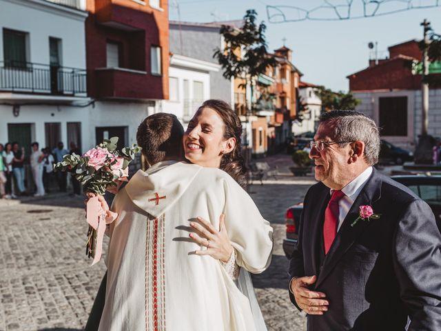 La boda de Nacho  y Marta en El Tiemblo, Ávila 12