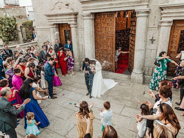 La boda de Nacho  y Marta en El Tiemblo, Ávila 17