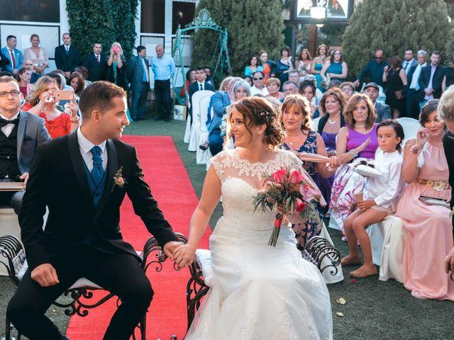 La boda de Andrés y Miriam en Carretera De Loeches (Alcala), Madrid 19