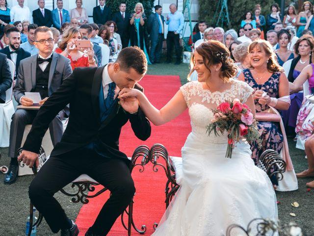 La boda de Andrés y Miriam en Carretera De Loeches (Alcala), Madrid 20
