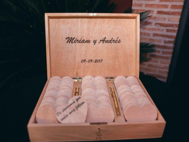 La boda de Andrés y Miriam en Carretera De Loeches (Alcala), Madrid 34