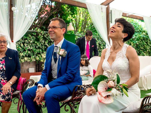 La boda de Rubén y Gladis en Loeches, Madrid 16