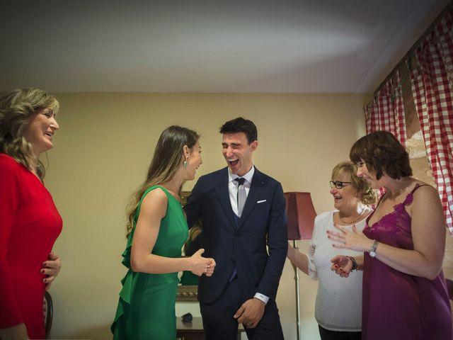 La boda de Mario y Eva en Santa Gadea Del Cid, Burgos 13