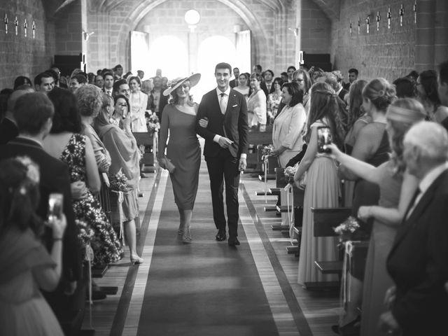 La boda de Mario y Eva en Santa Gadea Del Cid, Burgos 16