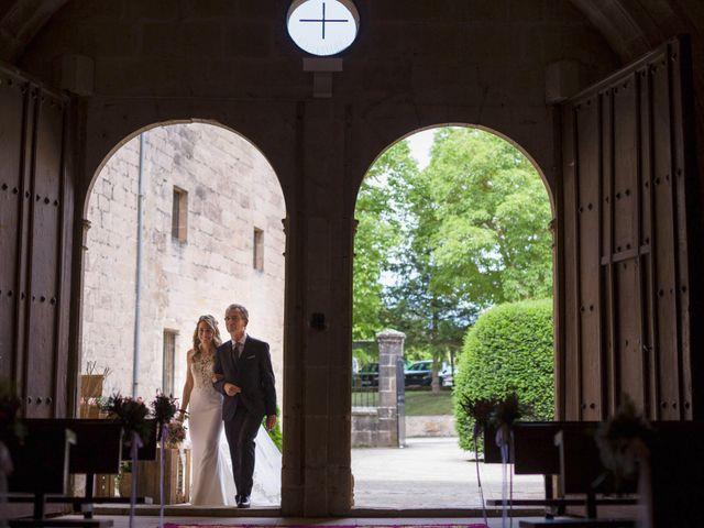 La boda de Mario y Eva en Santa Gadea Del Cid, Burgos 17