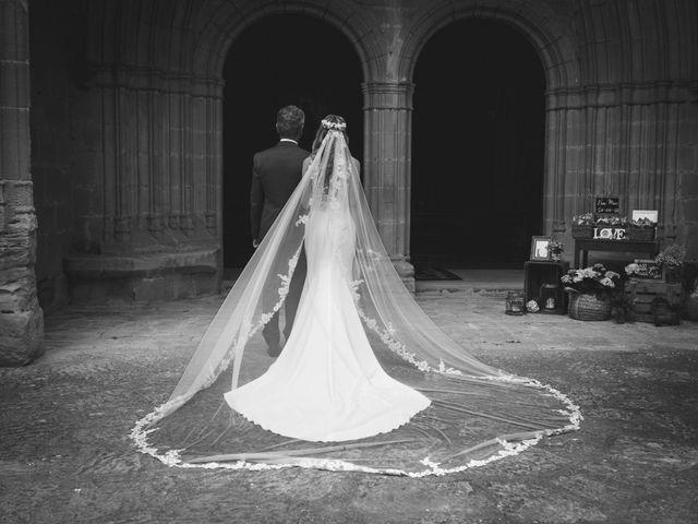 La boda de Mario y Eva en Santa Gadea Del Cid, Burgos 18
