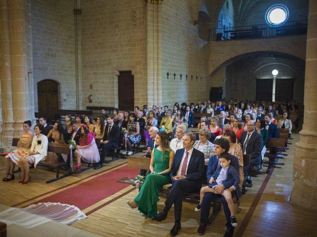 La boda de Mario y Eva en Santa Gadea Del Cid, Burgos 22